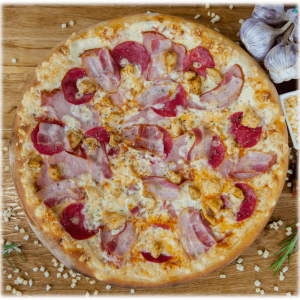 Pizza Mięsna w Slice of Heaven